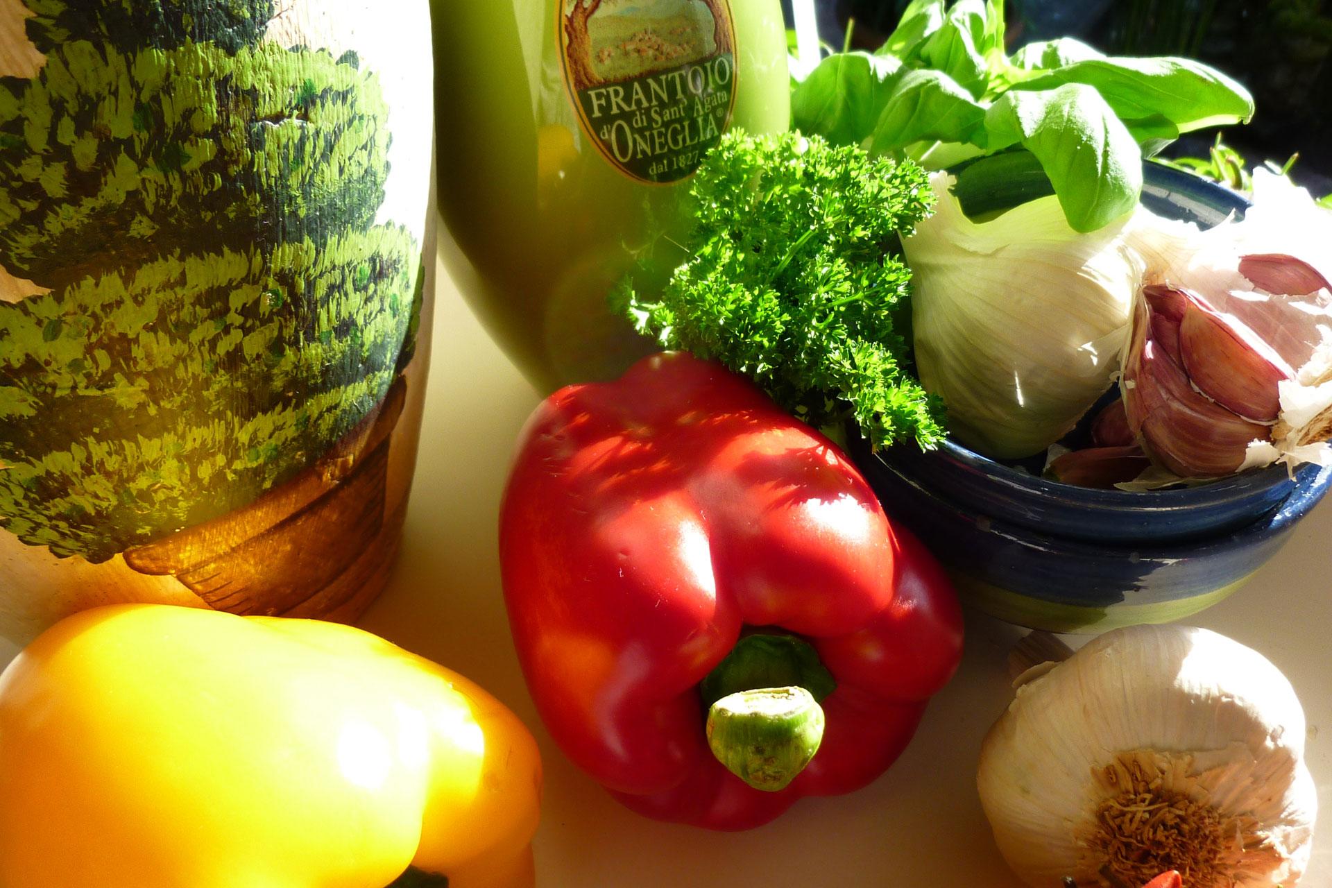 Gemüse aus dem Ammerland Paprika Knoblauch